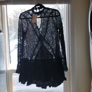 NWOT Lace Rayon relaxed fit collar neck dress